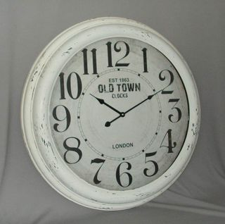 Old Town Clock in White Distressed-Paint Metal with Glass (62cm Diameter)